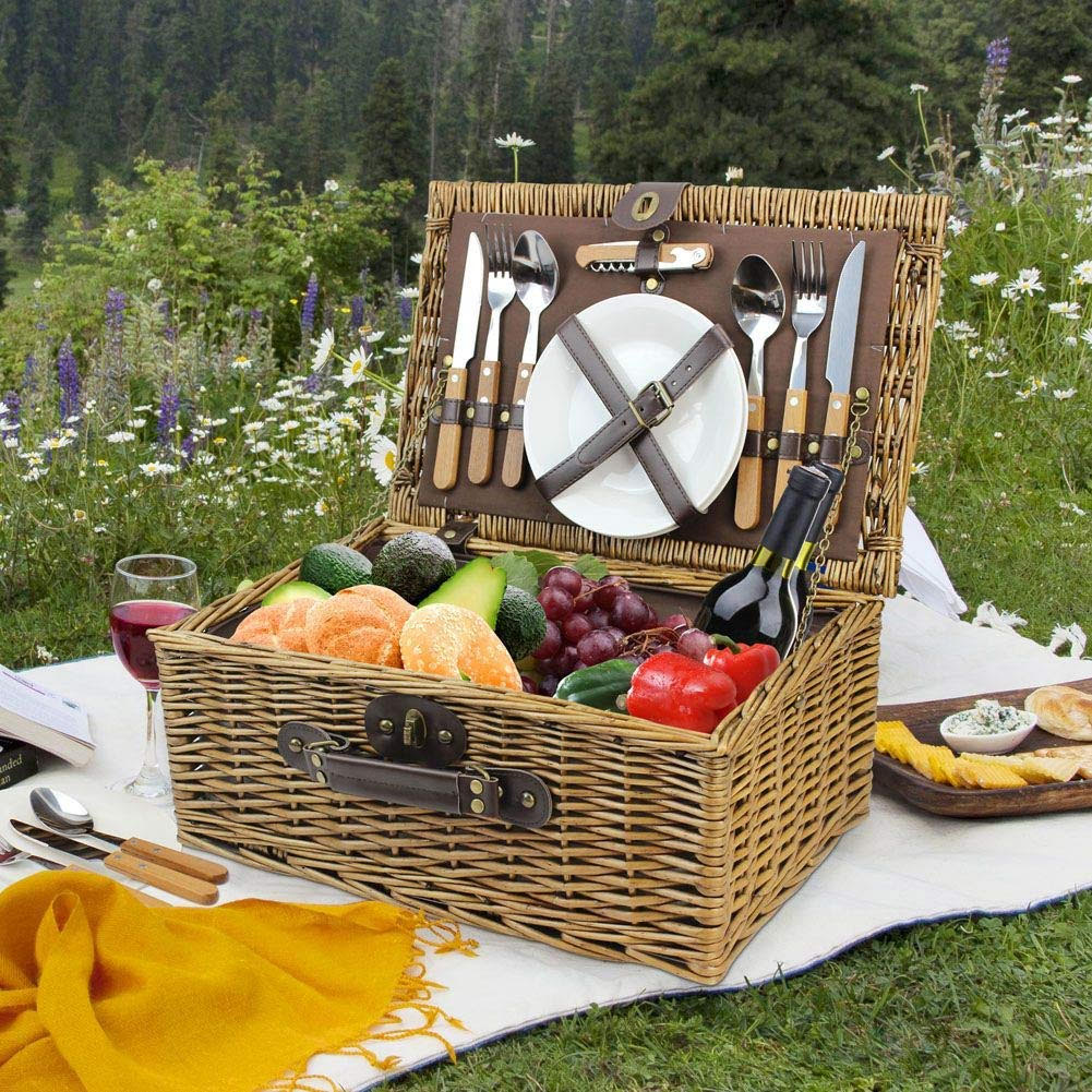 wbc02-&ndash-2-person-wicker-picnic-basket